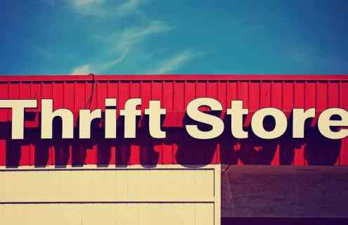 background-thrift-store-front-sign-summer